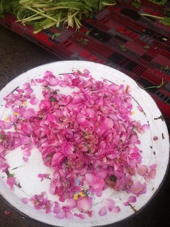 Rose petals at Inebolu market