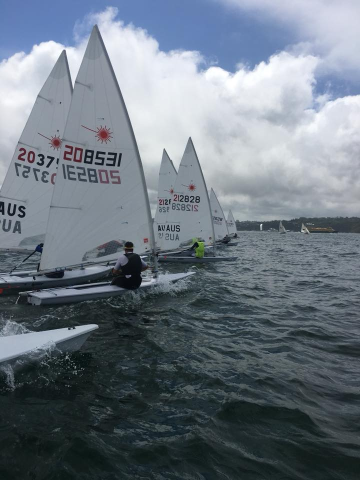 Full rigs start a competitive heat. Photo by Clare Alexander.
