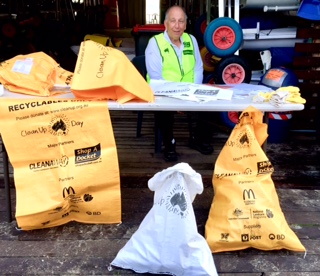 Thanks to Jonathan Stone for making DBSC's participation in Clean Up Australia Day a huge success!