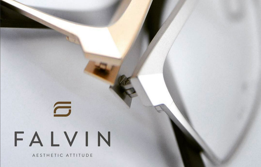 FALVIN DISPLAY - Large FALVIN LogoblokSmall FALVIN Logo BlokFALVIN presentation trayFALVIN printed cards with eyewear models