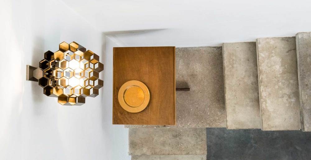 Jules Wabbes Honeycomb wall lamp polished brass