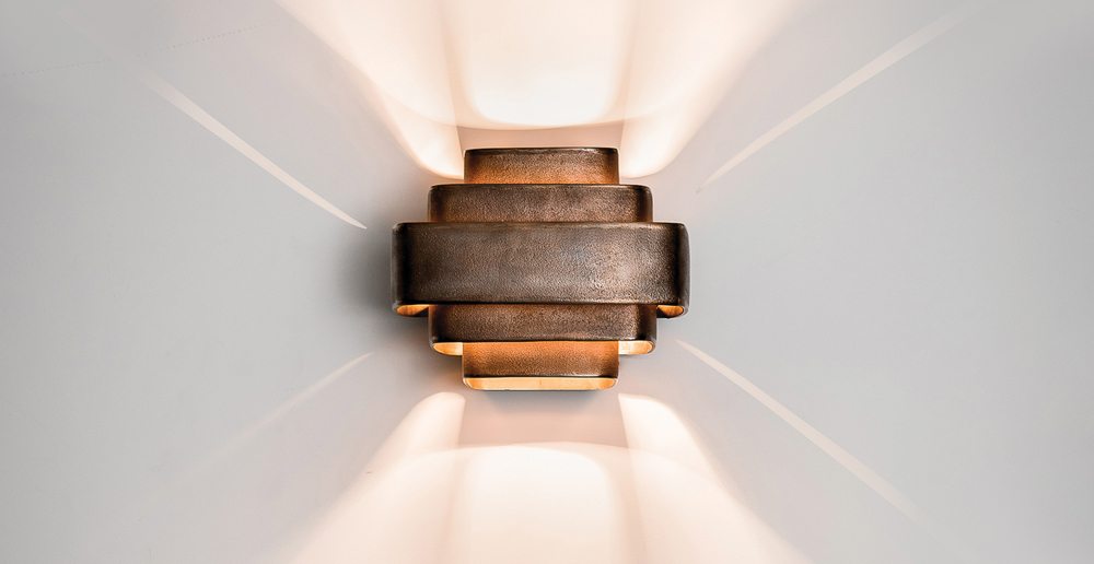 general-decoration-raw-bronze-wall-lamp-large-front-light.jpg
