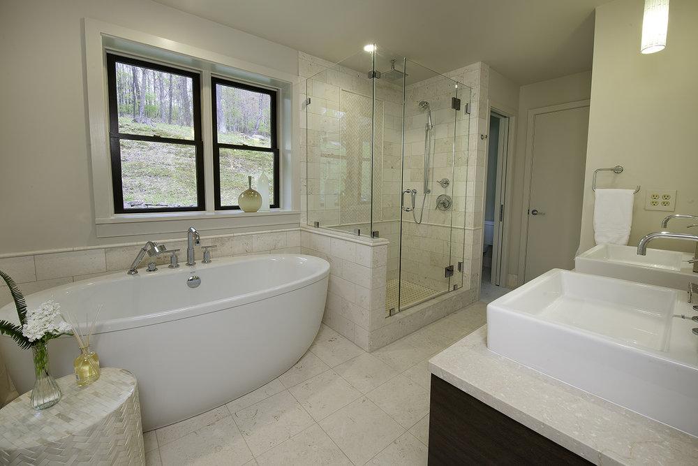 cadobathroom1.jpg