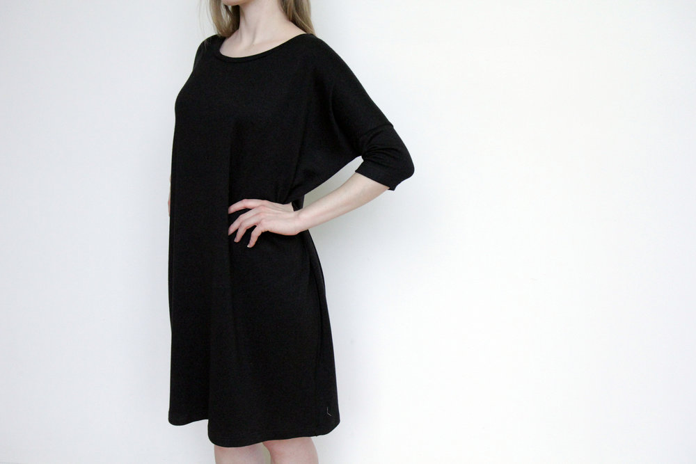 SY908 Sama Shift Dress - Black CROP 2.jpg