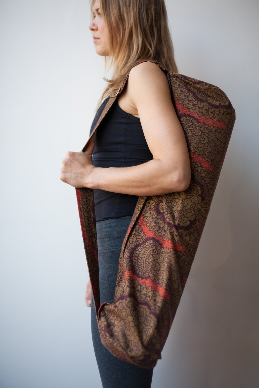 SY808 Handmade Yoga Mat Bag - Morris Red & Brown PROFILE.jpg