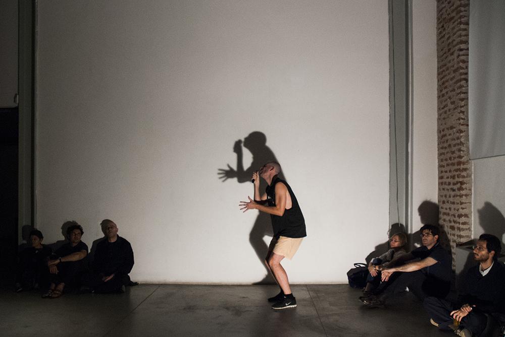 Jeg Er Enorme Jævler (live), performance, Viafarini, 2014 (ph. Anna Pfeiffer)