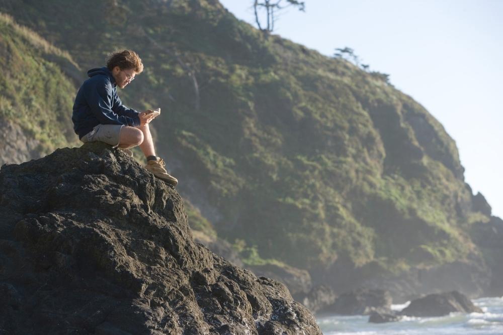 Title: Into The Wild  Director: Sean Penn  Year: 2007  Track: Long Nights (Eddie Vedder)   https://www.youtube.com/watch?v=mev_FBj0Fyk