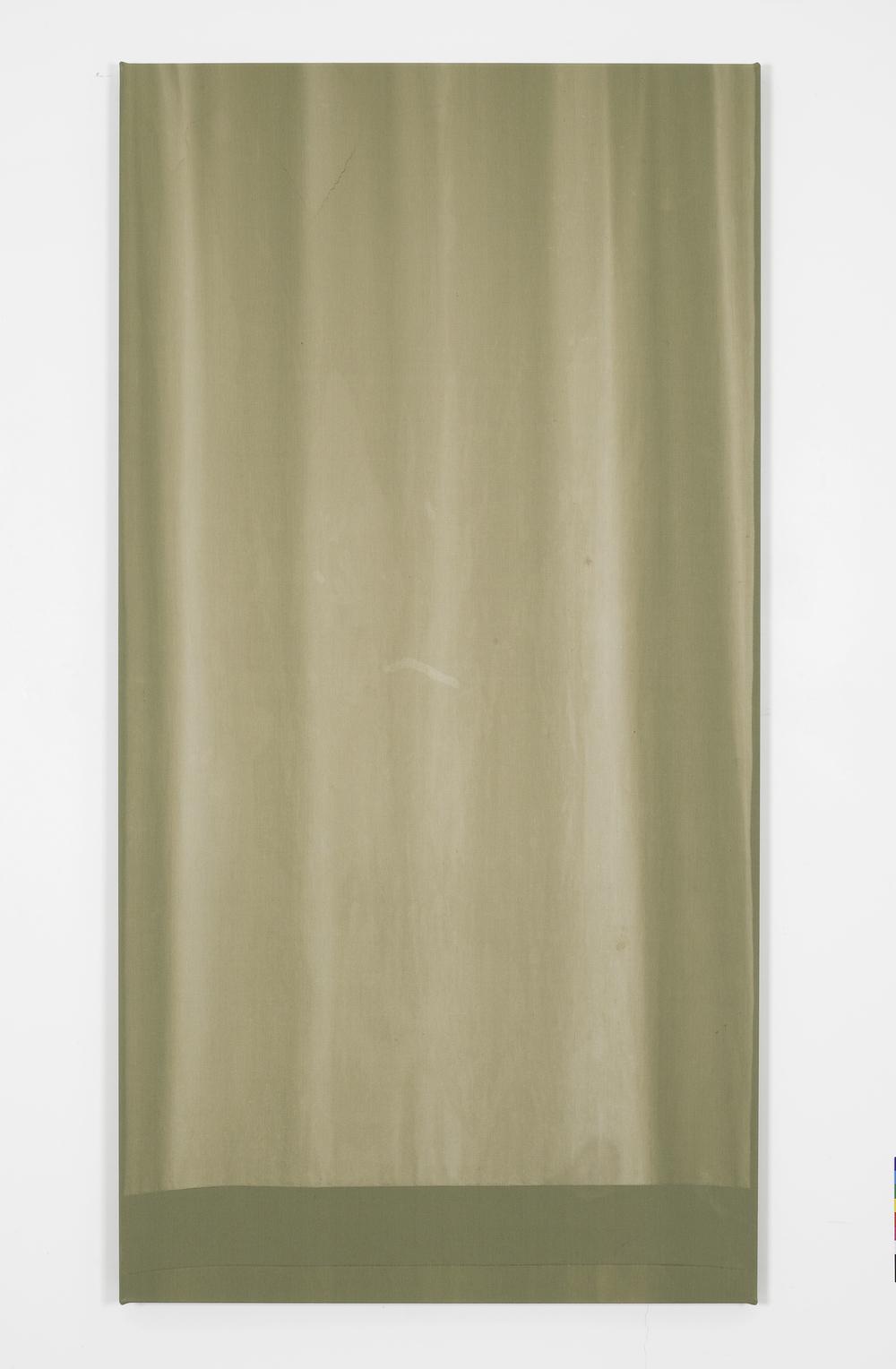 Marie Lund, Stills, 2014. Tende trovate, telai di legno, 3 elementi, 195 x 100 cm ciascuno (Courtesy Galleria Laura Bartlett, Londra)