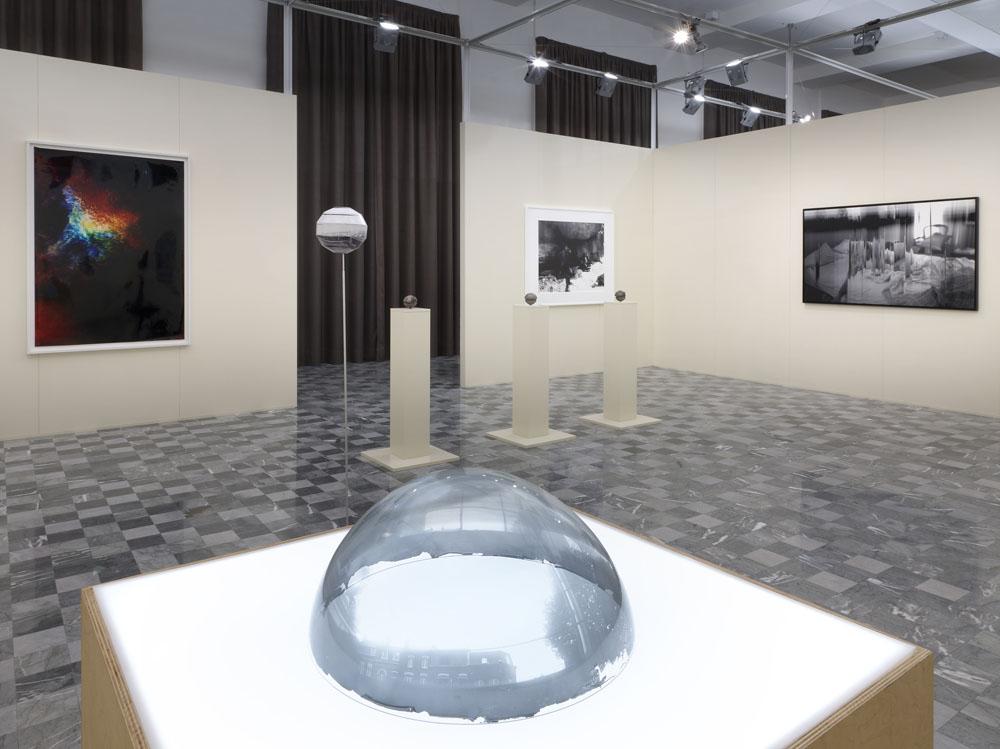 LA CAMERA. Sulla materialità della fotografia, Palazzo de' Toschi, Bologna (visione dell'allestimento). foto di Dario Lasagni