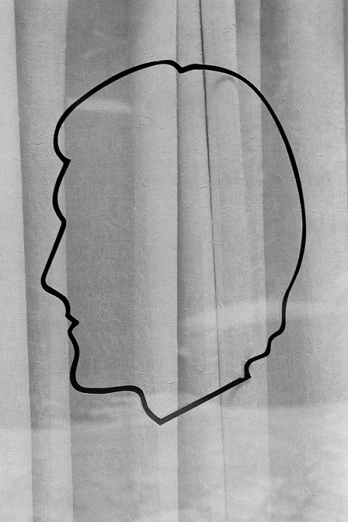 Federico Clavarino, 39 05 dalla serie The Castle, Stampa inkjet su carta Harman, cm 30x20 © Federico Clavarino, courtesy Viasaterna
