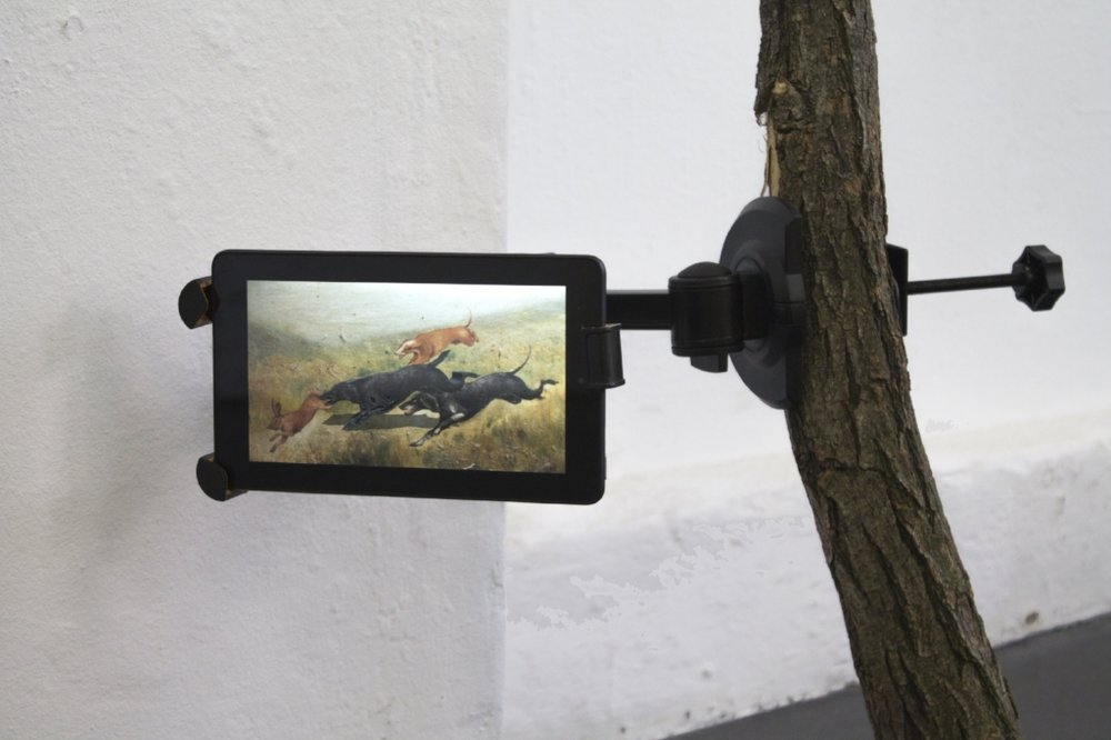 Edoardo Manzoni, Settembre, 2016,branch, bracket, tablet, digital image 206x65x7 cm