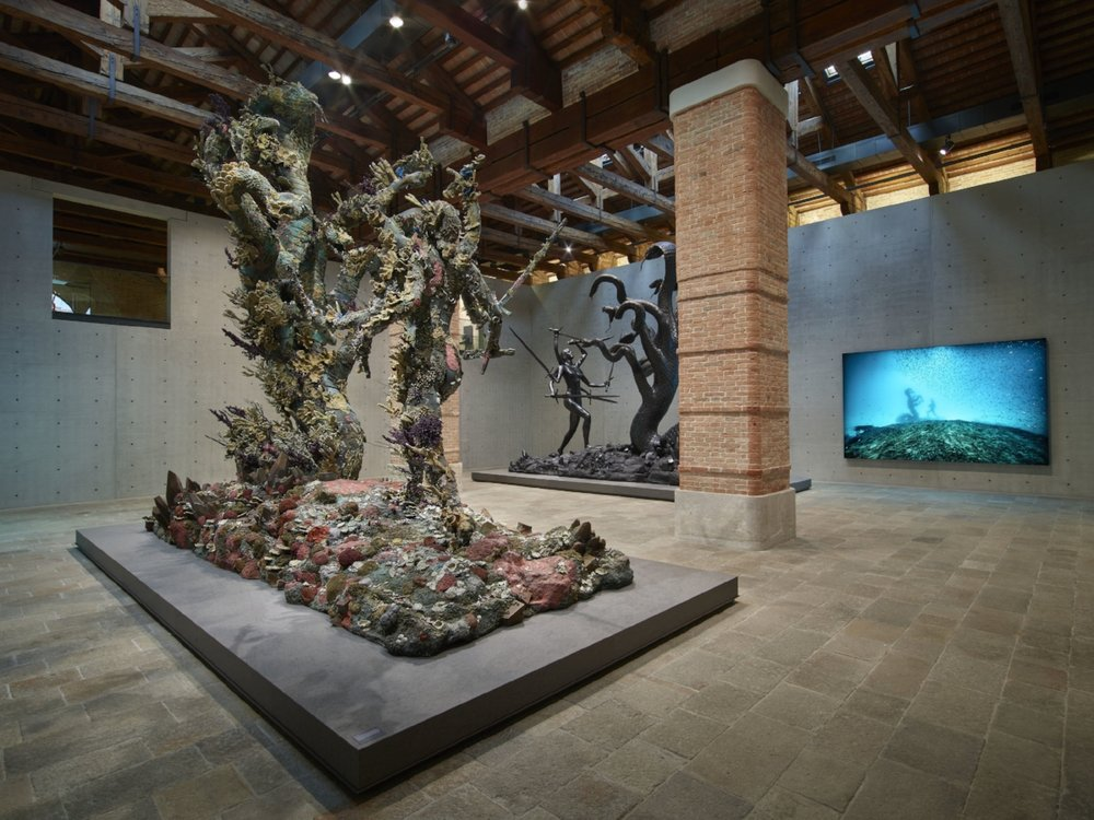 Damien Hirst, Hydra and Kali (two versions), Hydra and Kali Beneath the Waves (photography Christoph Gerigk). Photographed by Prudence Cuming Associates © Damien Hirst and Science Ltd. All rights reserved, DACS/SIAE 2017