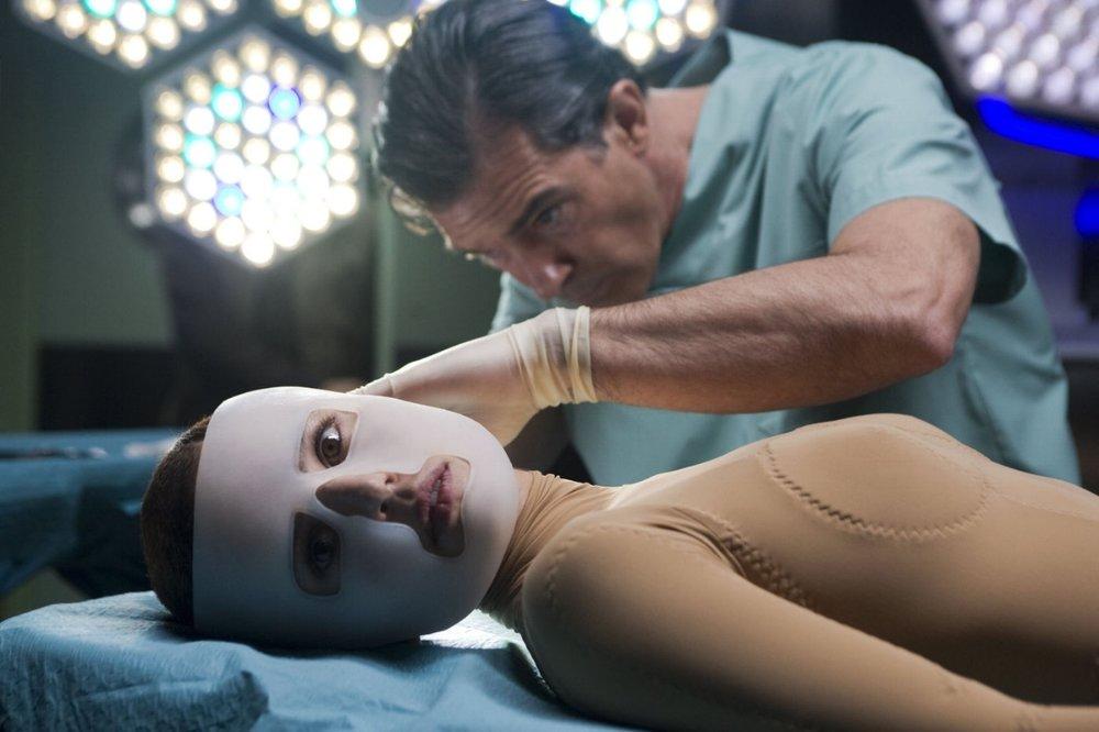 Title: La piel que habito  Director: Pedro Almodovar  Year: 2011  Track:  Shades of Marble (Trentemoller)