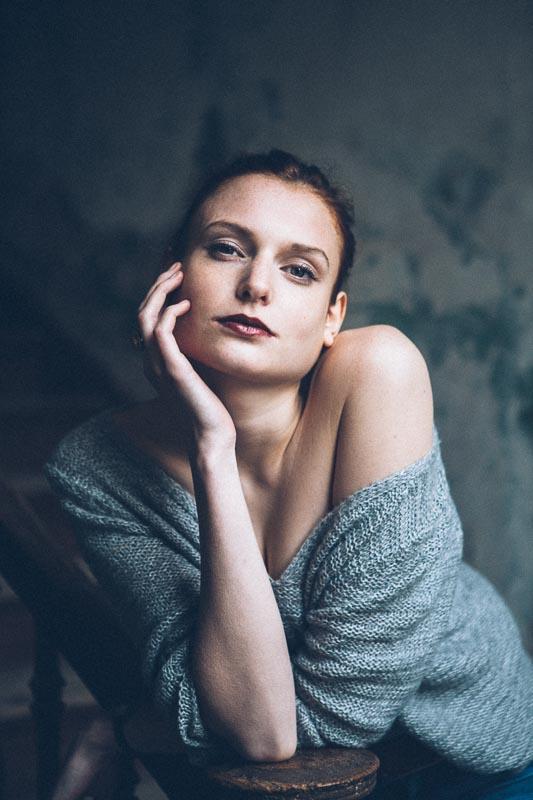 Fotograf_Leipzig_Portraitfotografie_Judith-in-der-Villa-13.jpg