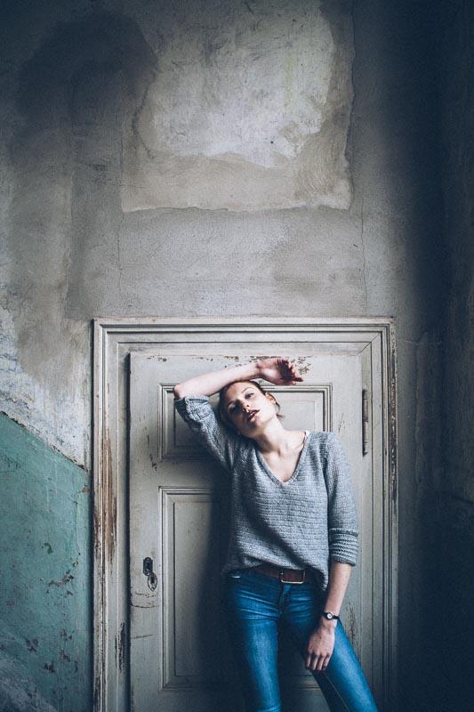 Fotograf_Leipzig_Portraitfotografie_Judith-in-der-Villa-18.jpg