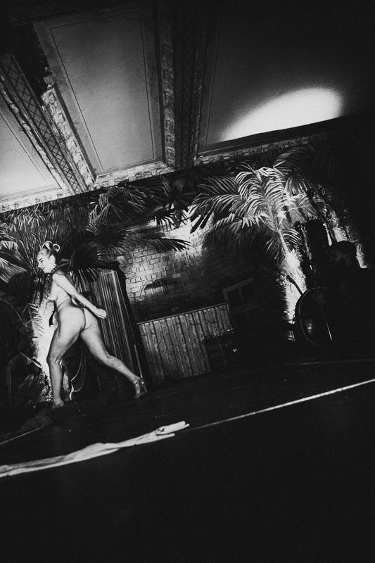 Fotograf-Leipzig-villa-hasenholz-burlesque-salon-noir-15.jpg