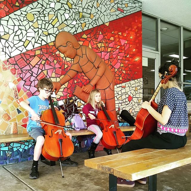 Taking advantage of these gorgeous days to get our practice in outside. #musicworks #elsistemainspired #elsistemausa #celloensemble