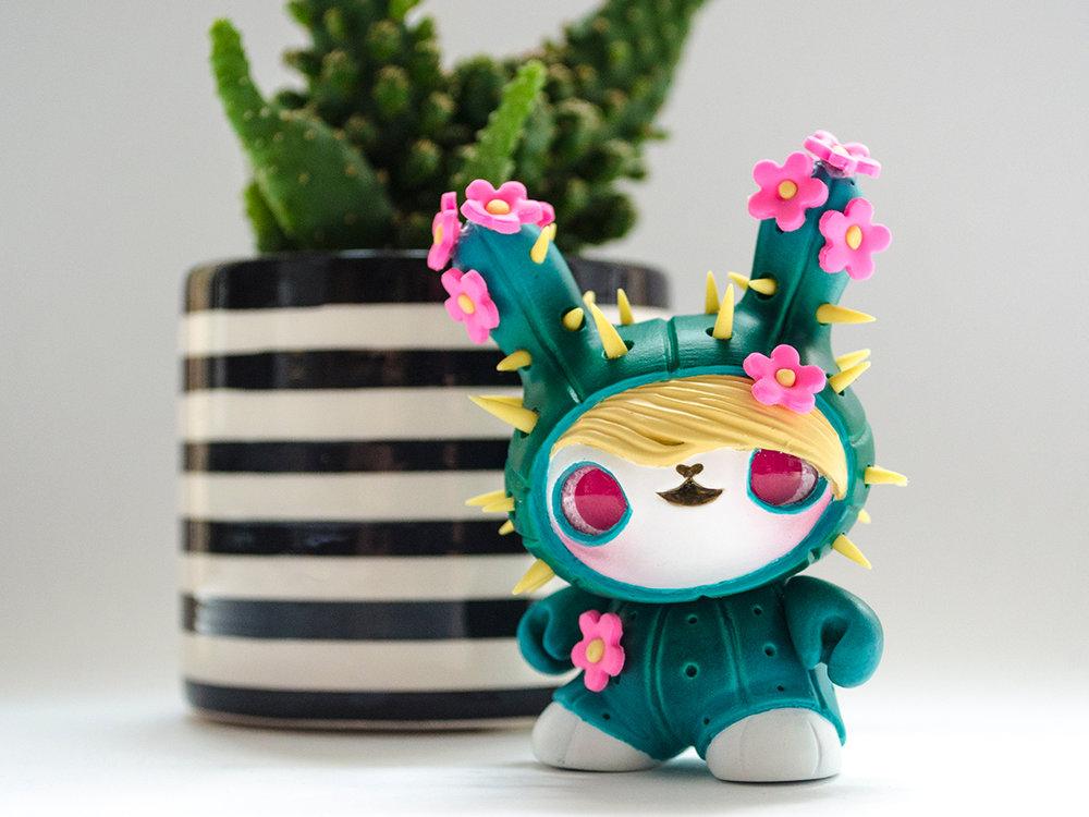 tomodachi_island_dunny_designer_toy_cactoo_bunbun.jpg