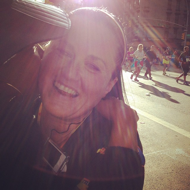 Mo miles she looks good @maureenbrody she's doing it #nycmarathon
