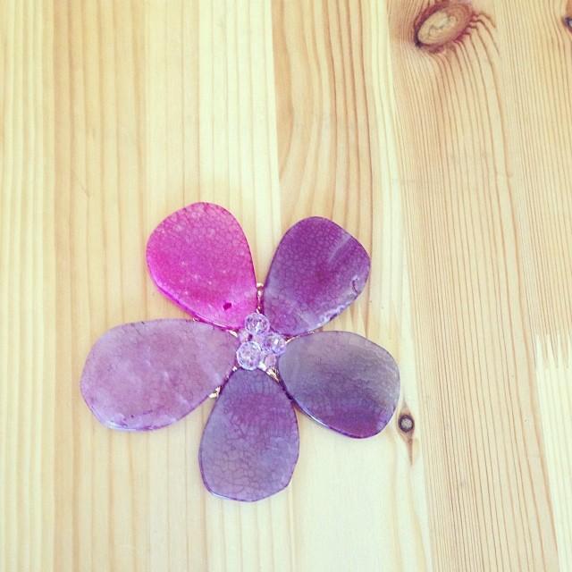 Sundays @celestemichellejewels #cmjewels #radiantorchid #violettulip (at celestemichelle studio)