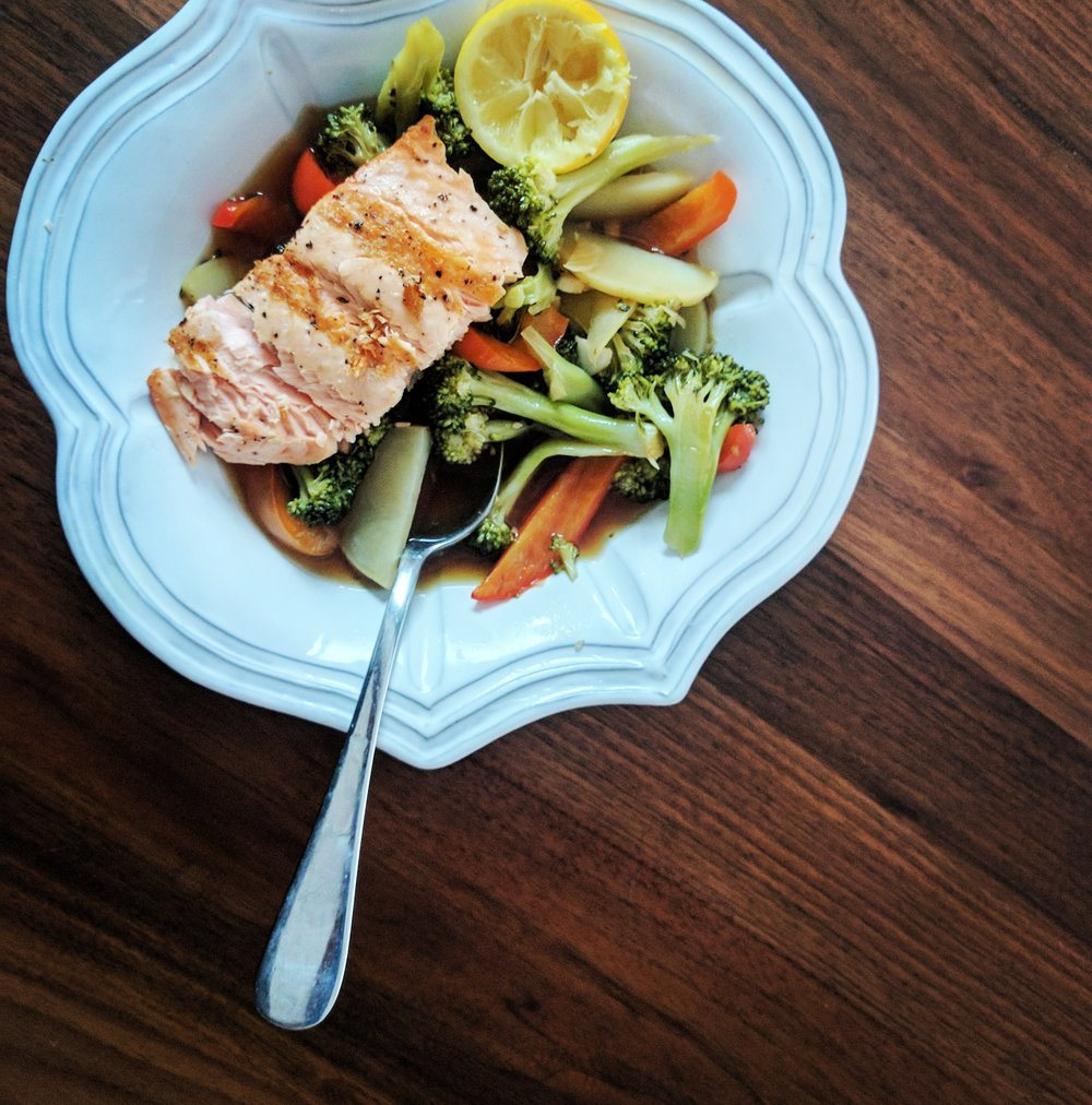 Salmon & Veggie Broth Bowl