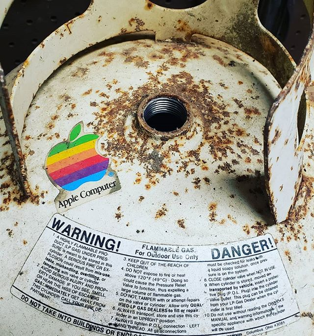 Working with repurpose materials, I run across strange things sometimes. How about this vintage Apple sticker? Who wants the I-drum?! #takeitasitcomes #apple #mac #stevejobs #steeltonguedrum #creativity