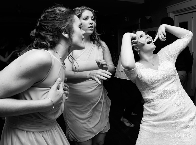 Inn-at-Peaks-Island-Maine-Wedding-Photography-Copr-Dana-Siles-Photographer_56