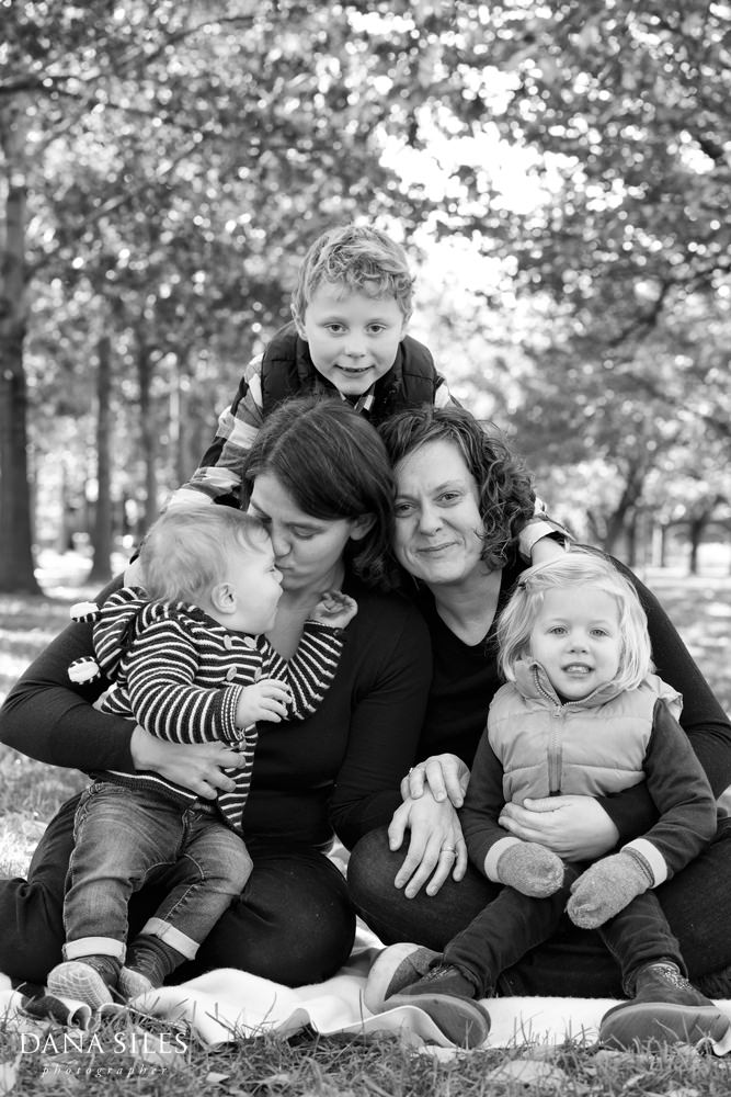 dana-siles-photographer-brooklyn-ny-family-portrait-14