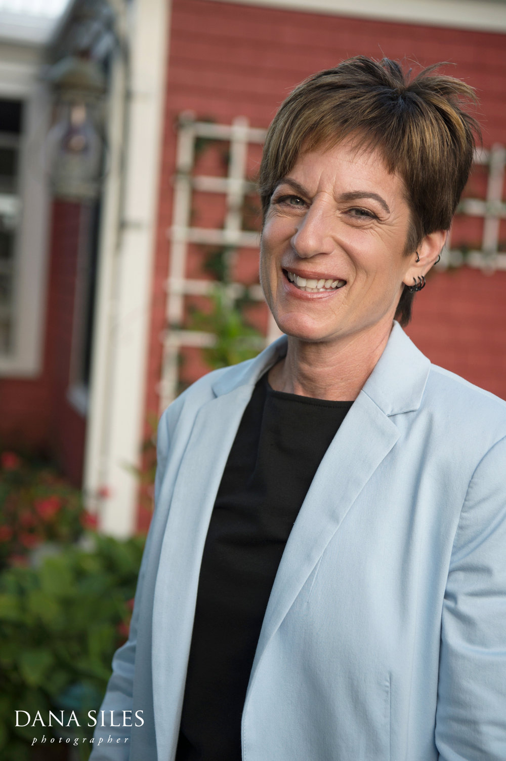 Provincetown-MA-lesbian-wedding-the-red-inn-5