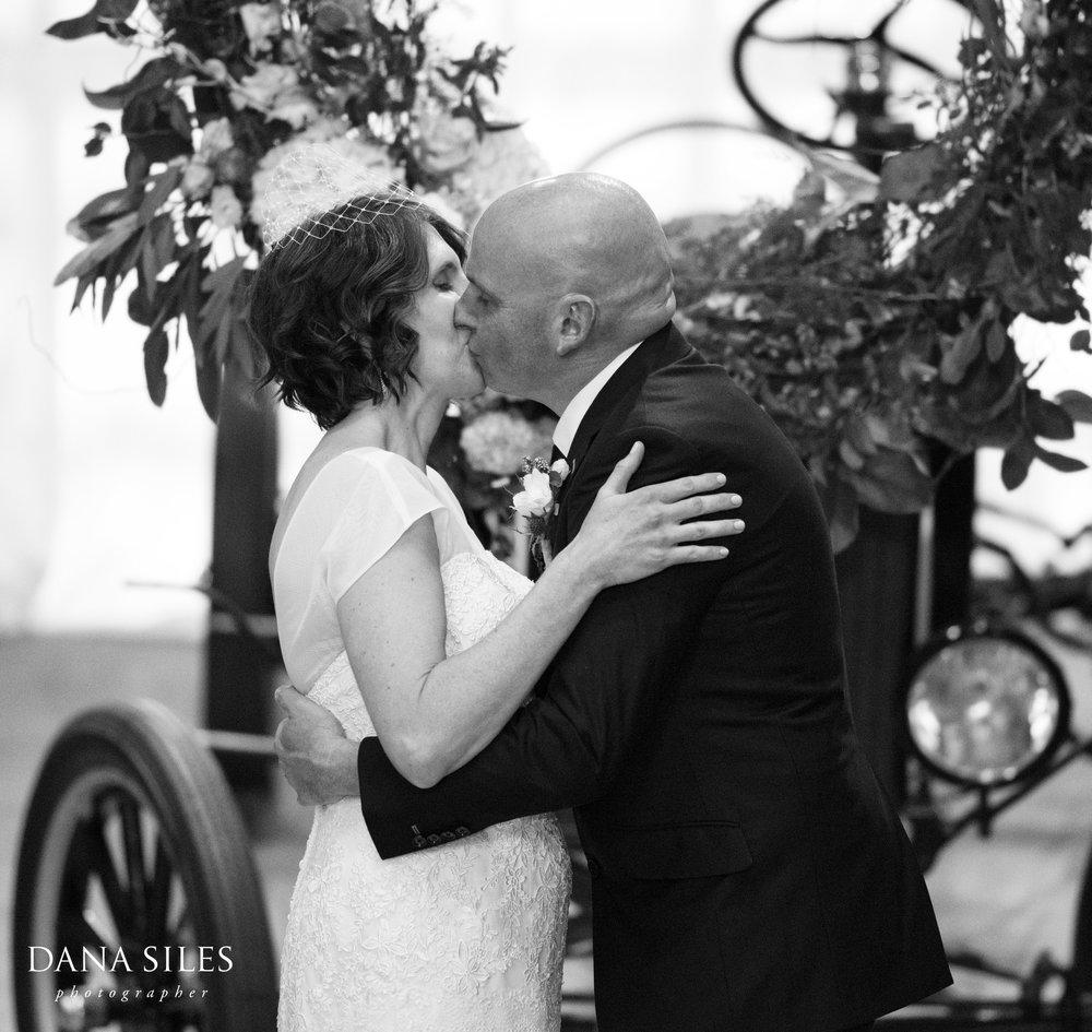 Charles-River-Museum-weddings