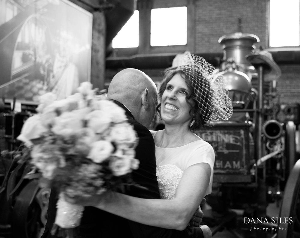 Charles-River-Museum-vintage-wedding