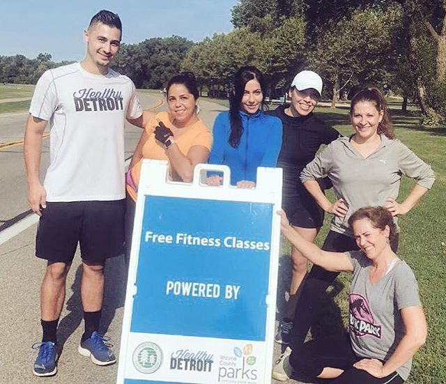 Join us, @waynecountyparks & Friends of Wayne County Parks tomorrow for our last #healthydetroit days of the season at Hines Park! Classes start at 9:30am #bootcamp w/ @builtby_b 10:15am walking club & 11:30am #yoga w/ @yoganicflow Hope to see you there! #healthpark