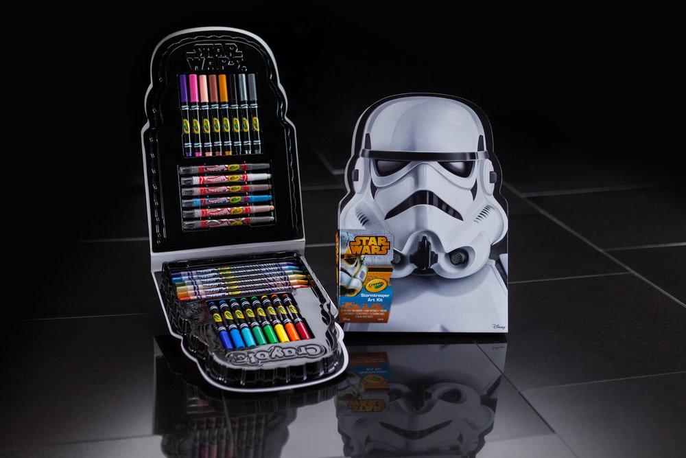 000_StarWars_StormTrooper-ArtCase_BLK_Digital_H1.jpg