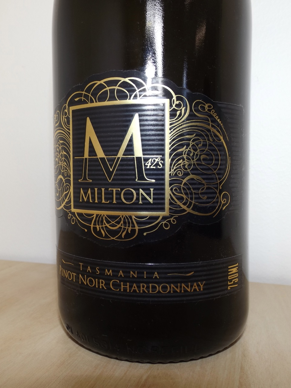 MILTON - Brand design, illustration, wine label design and stationery design.