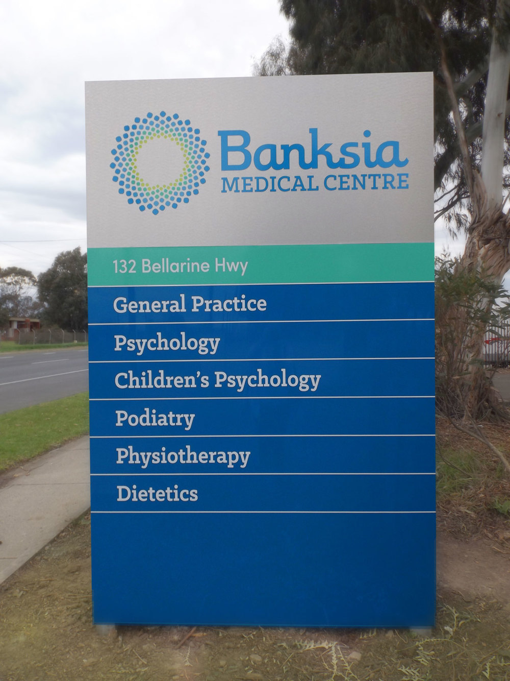 BANKSIA MEDICAL CENTRE - Exterior Signage.  Morrison Design, Graphic Design and Branding Agency Geelong, Melbourne, VIC.