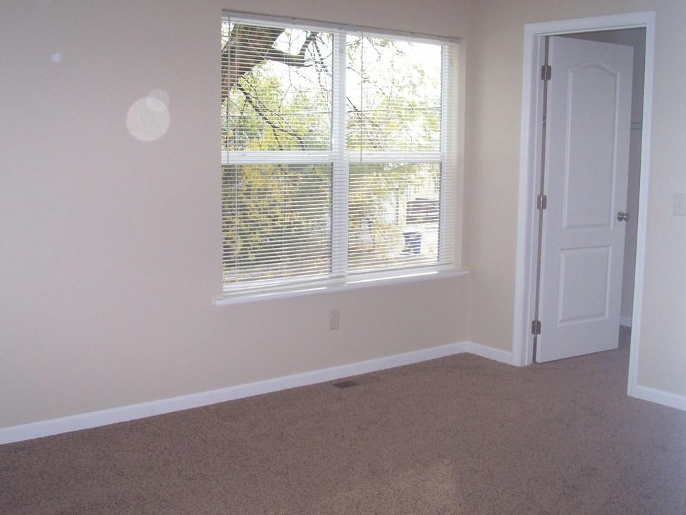 schilling bedroom 2.JPG