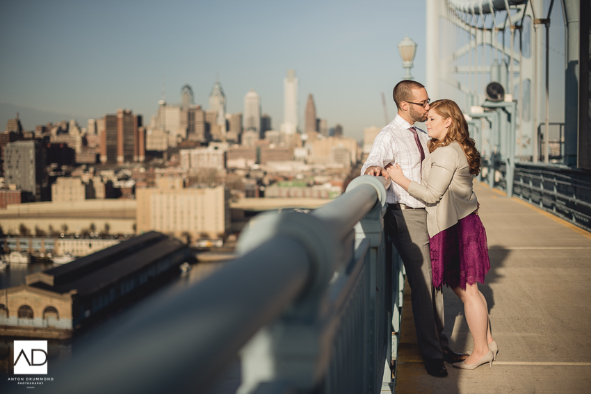 Benjamin_Franklin_Bridge_Engagement-5.jpg