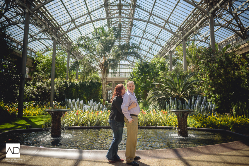 Longwood_garden_engagement_session-17.jpg