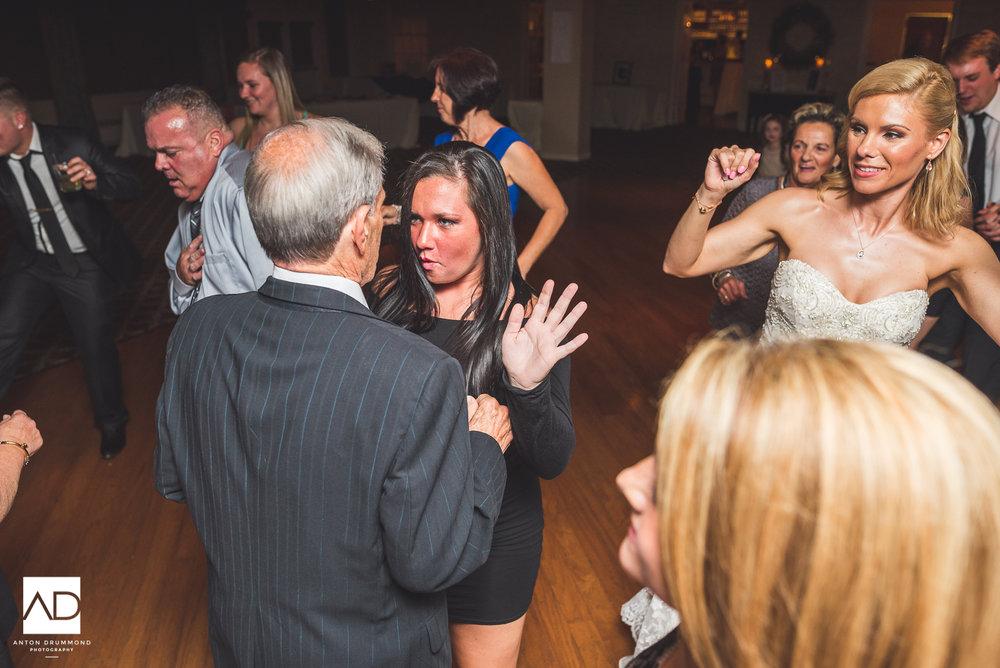 Flourtown_Country_Club_Wedding-0030.jpg