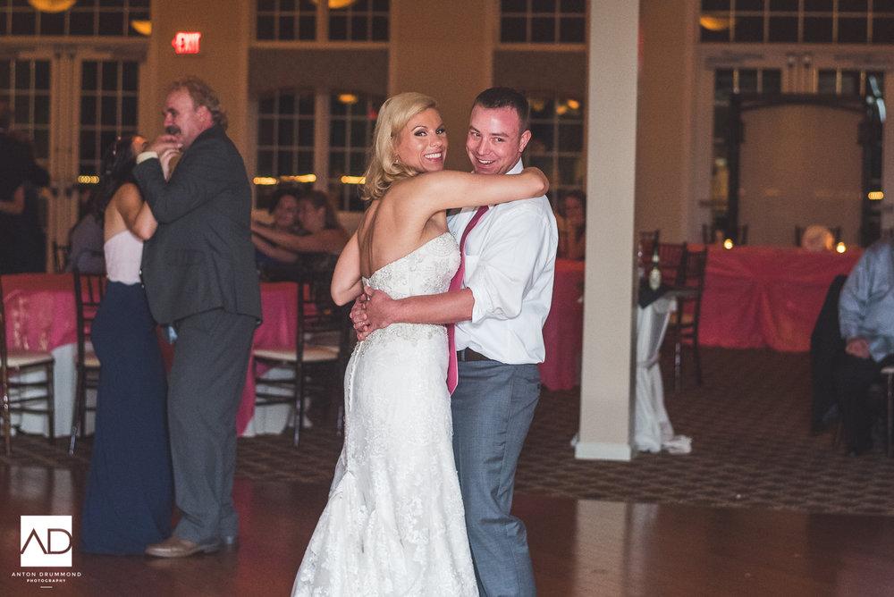 Flourtown_Country_Club_Wedding-0038.jpg