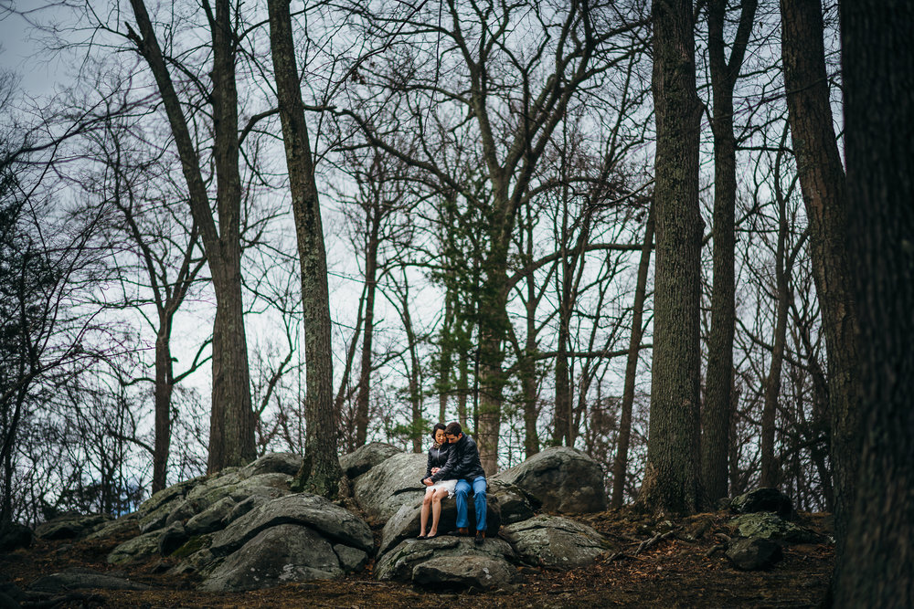 Philadelphia-Engagement-Photographer-0012.jpg