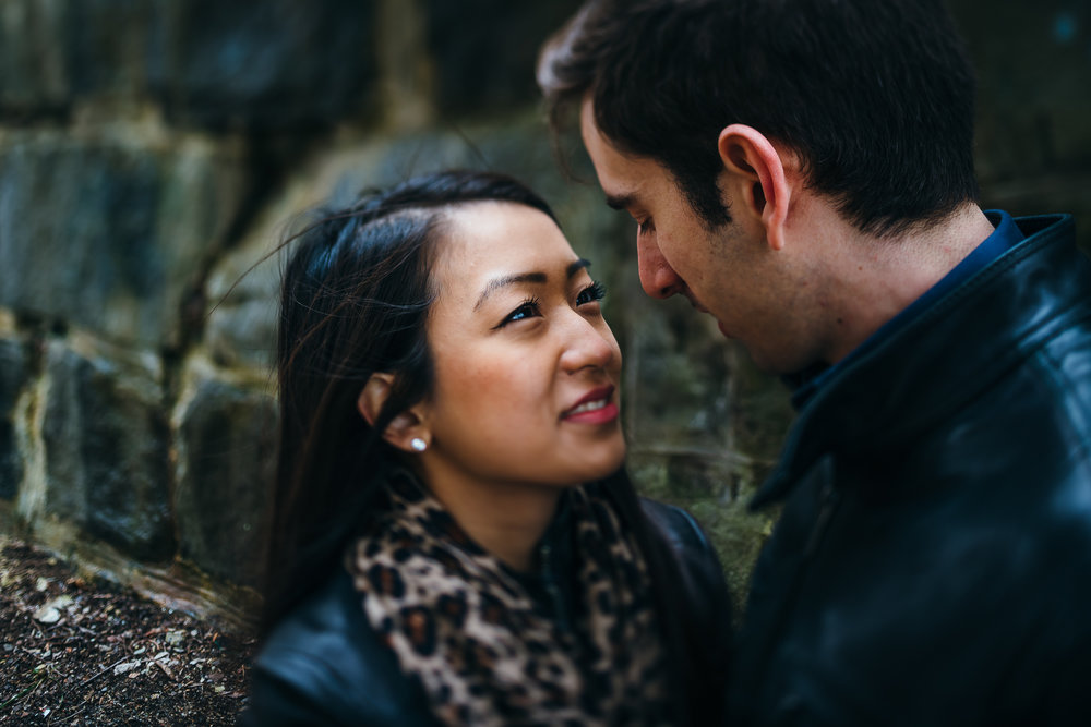 Philadelphia-Engagement-Photographer-0007.jpg