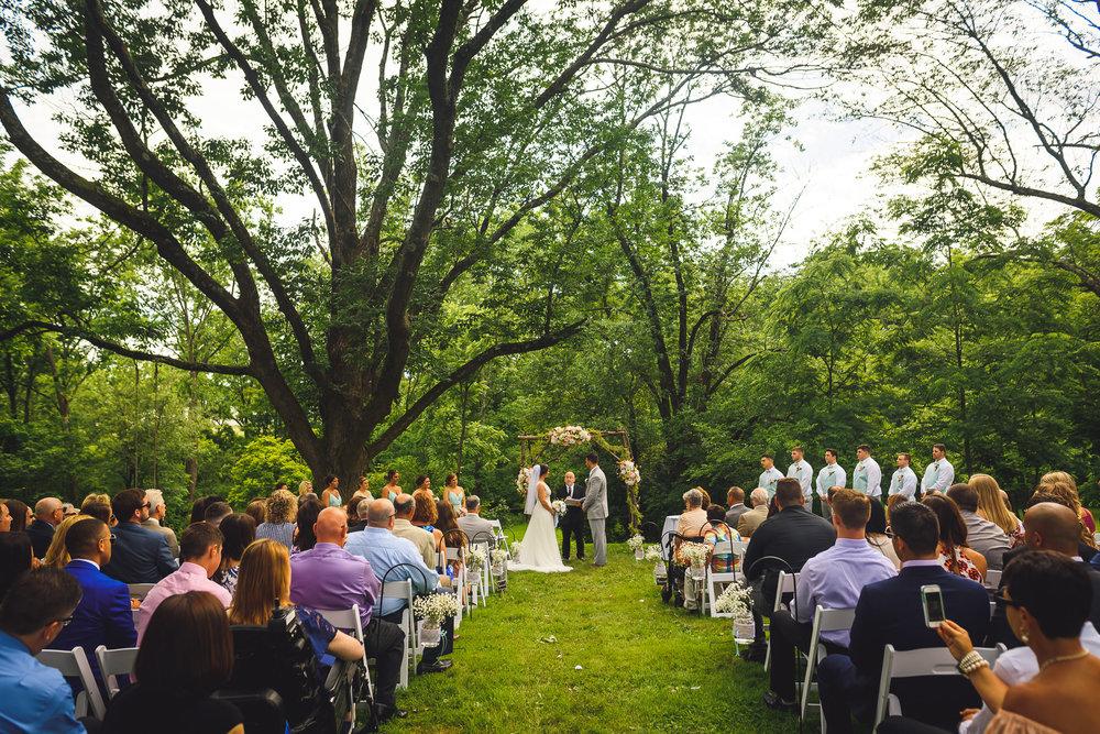 Historic-Stonebrook-Farm-Wedding-Photographer-0027.jpg