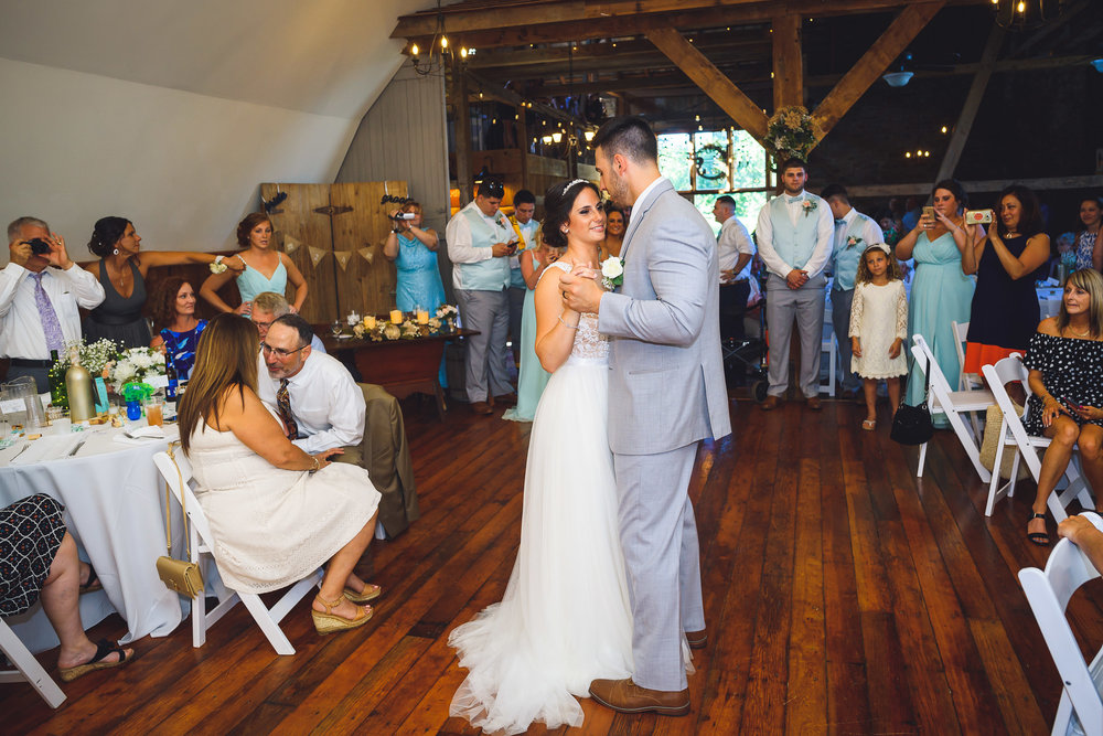 Historic-Stonebrook-Farm-Wedding-Photographer-0041.jpg