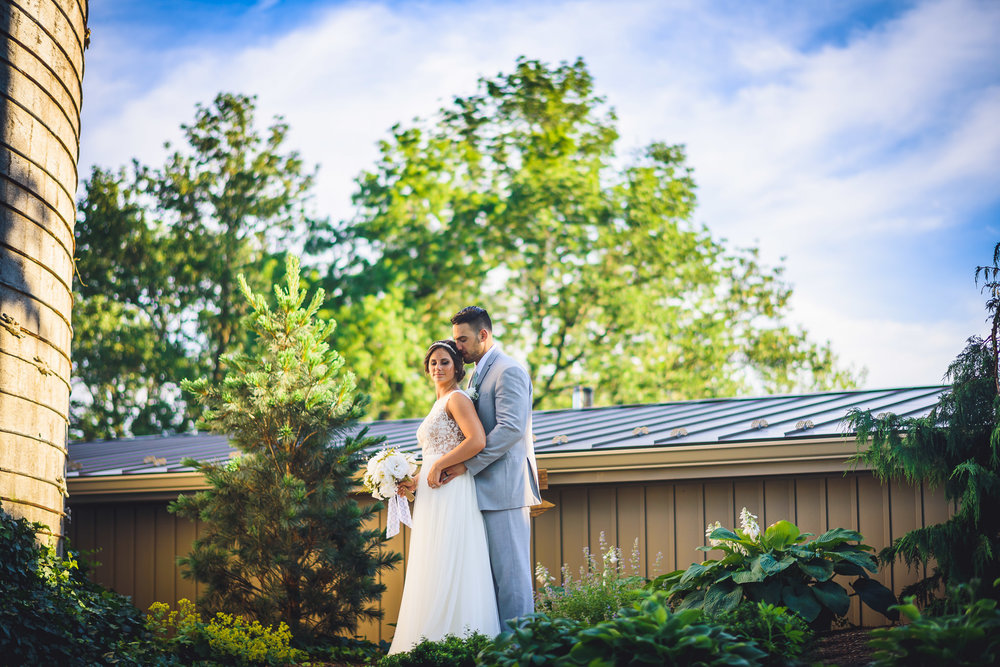 Historic -Stonebrook-Farm-Wedding