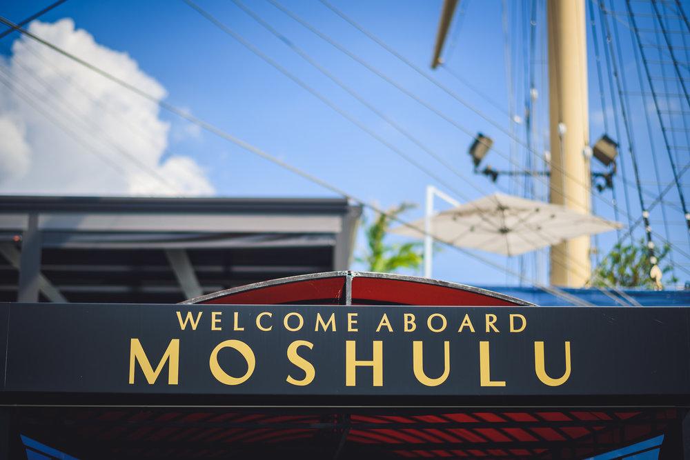 Moshulu-Wedding-Photographer-0002.jpg