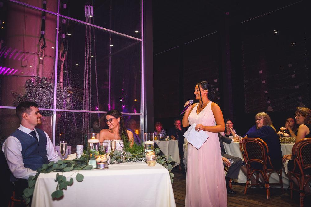 Moshulu-Wedding-Photographer-0050.jpg
