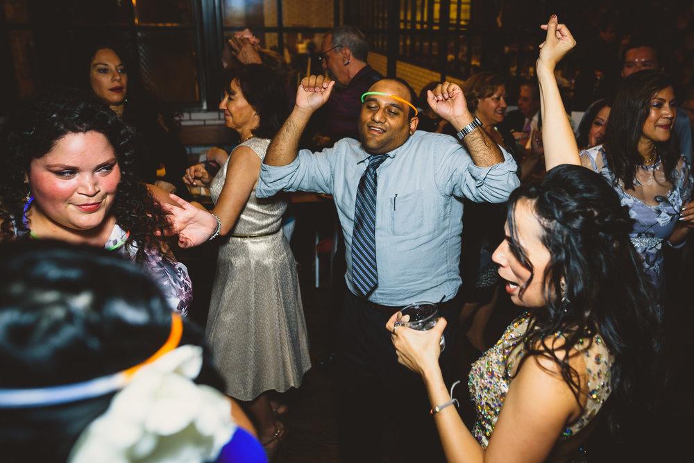 Philadelphia-Wedding-Photographer-0044.jpg