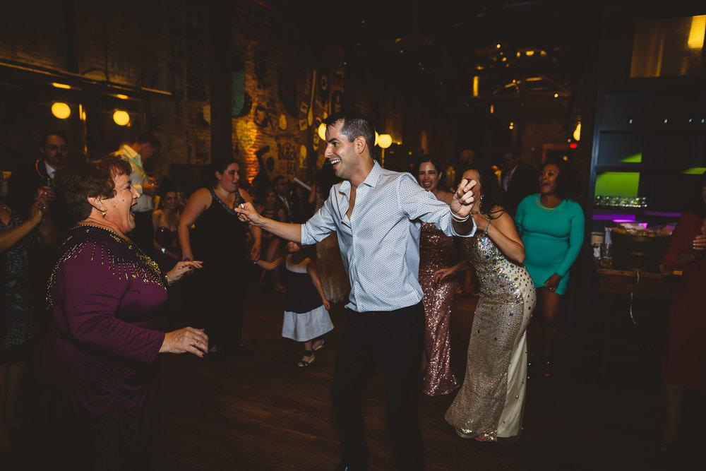 Philadelphia-Wedding-Photographer-0062.jpg