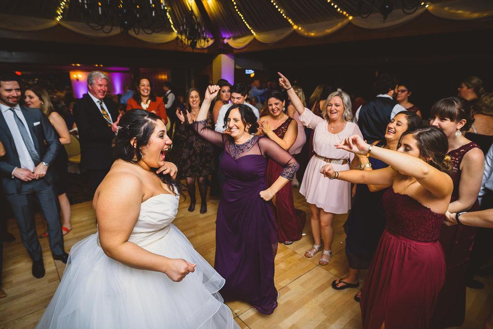Philadelphia-Wedding-Photographer-0070.jpg